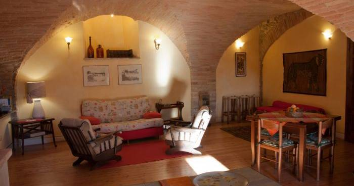 cheap bed and breakfast in Bettona
